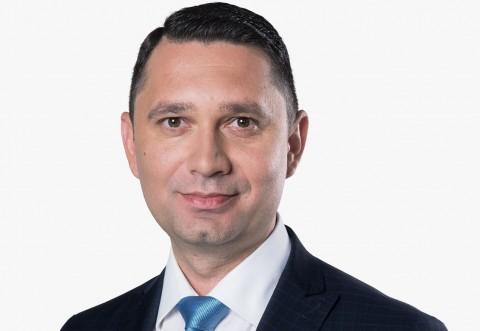 Bogdan Toader: Guvernul PNL se lauda ca a cumparat un vaccin care NU EXISTA si care NU A FOST TESTAT!