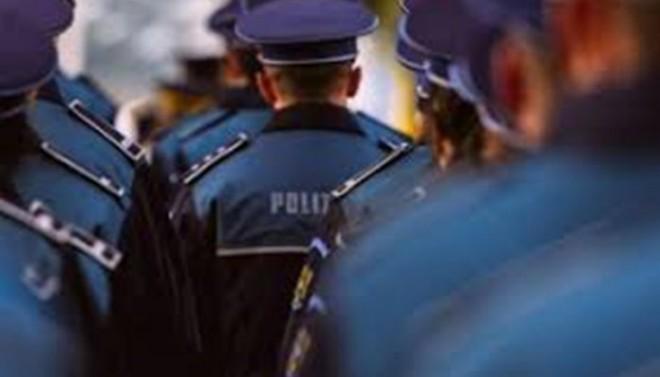 ALERTA/ Polițiștii încep protestele împotriva înghețării salariilor. De luni, NU vor mai da amenzi