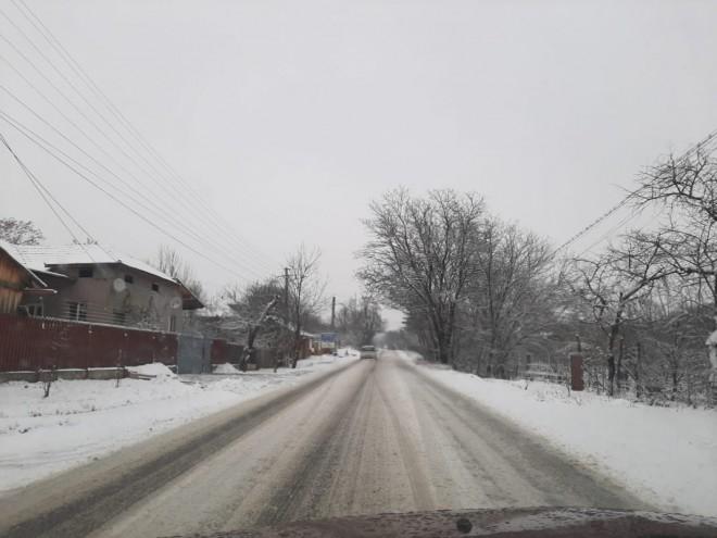 Consiliul Județean Prahova, amendat de poliție pentru că nu a deszăpezit drumurile. Val de accidente in judet