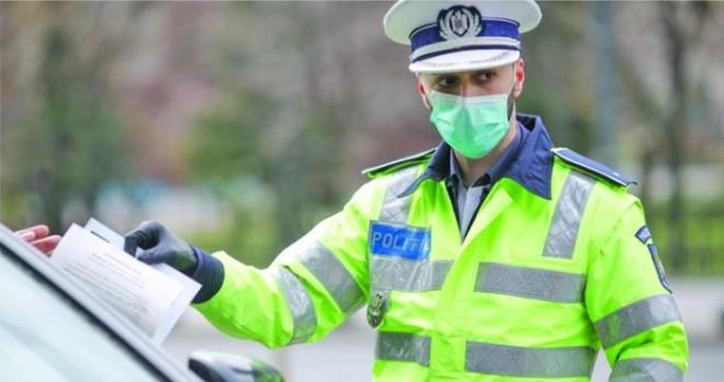 Polițiștii protestatari, amenințați de șefi cu dosare la DIPI