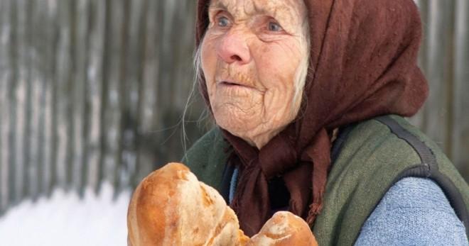 Batranii, umiliti din nou! Raluca Turcan anunta ca pensiile nu se vor majora cu 40%, ci cu rata inflatiei, adica 3%