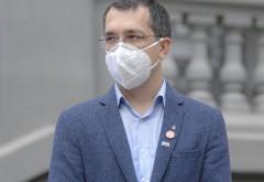 """Vlad Voiculescu: """"Vom vaccina mai puţini cetăţeni, din cauza lipsei vaccinului"""""""