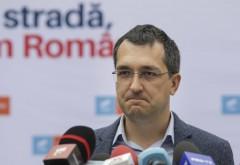 Vlad Voiculescu promovează informații false pe Facebook. Bătaie de joc în campania de vaccinare anti-Covid