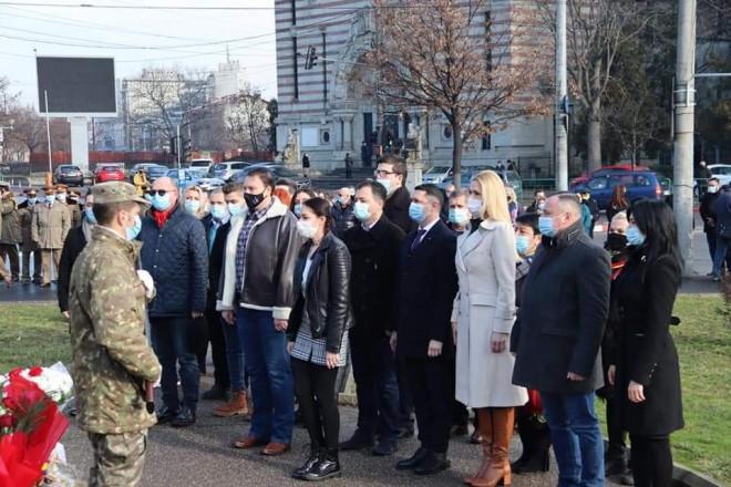 "Parlamentarii PSD Prahova si tinerii din TSD au celebrat ""Mica Unire"", la Ploiesti"