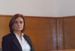 Judecătoarea Adriana Stoicescu: Desfiinţaţi instanţele. Oricum nu contează. Normele de competenţă ale instanţelor judecătoreşti din România le stabileşte Parchetul European
