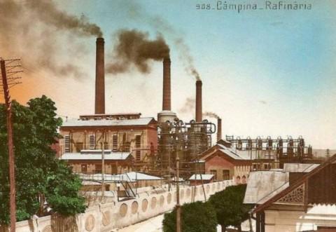 Steaua Română, cea mai veche rafinărie din România a pus lacătul pe uşă. Ce raportau spionii americani despre producţia de petrol din Câmpina