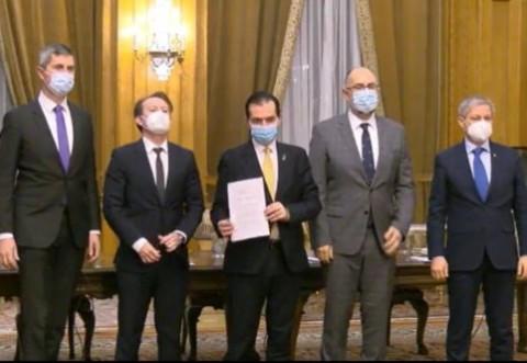 Guvernul PNL uită de marea reformă pe care a promis-o la stat! Un arhitect a fost transformat în inspector-șef la Apele Române