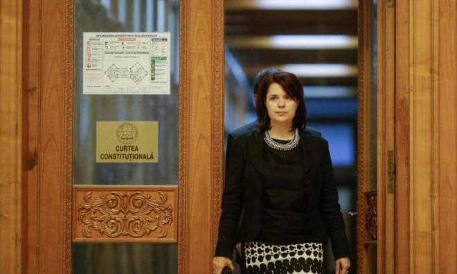 Judecatorul Maya Teodoroiu spulbera coalitia de guvernare obsedata de desfiintarea SIIJ