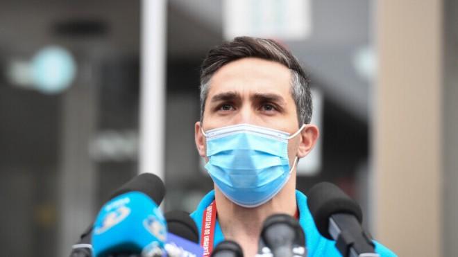O sa ramanem ultimii prosti care se vor vaccina cu AstraZeneca. Gheorghita nu vede o problema, chiar daca oficial s-a descoperit legatura vaccinului cu cheagurile de sange la numerosi pacienti