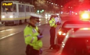 Scandal în Poliţie - Poliţiştii acuză că sunt folosiţi politic: Muncă 'informativ operativă' pentru împiedicarea protestelor antiguvernamentale