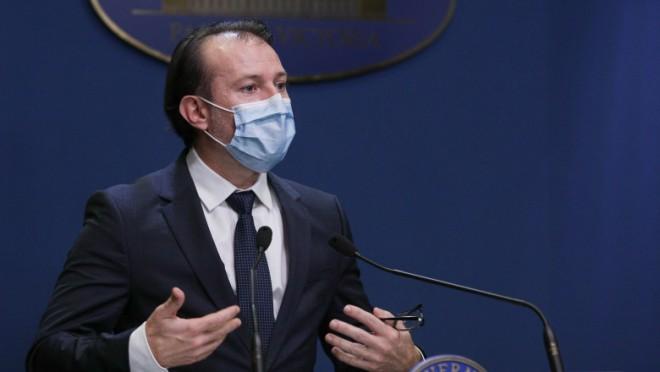 Cîțu: Ne gândim să renunțăm la mască după ținta de 10 milioane de persoane vaccinate