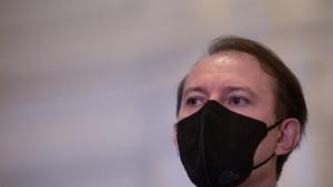 """Florin Cîțu: """"Din punctul meu de vedere e normal ca persoanele care s-au vaccinat să revină la normalitate"""""""
