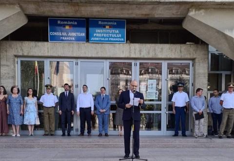 Ziua Imnului National, marcata la Ploiesti. Primaria a fost reprezentata de viceprimarii Daniel Nicodim si Magdalena Trofin