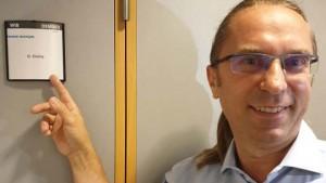 Un consilier municipal USR-PLUS și-a dat demisia după ce presa locală a dezvăluit că făcea afaceri cu instituţii de stat