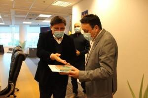 Vizita oficiala a Ambasadorului Rep. Kazahstan in Romania, la Ploiesti. Gazde au fost edilii Andrei Volosevici si Daniel Nicodim