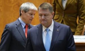 Klaus Iohannis l-a desemnat pe Dacian Cioloș premier