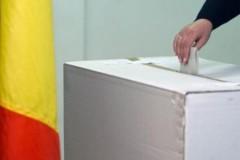 SONDAJ Cât de interesați sunt românii de prezidențiale și ce notorietate au candidații