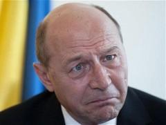 Cel mai dur atac la Băsescu: Un securist bătrân iresponsabil
