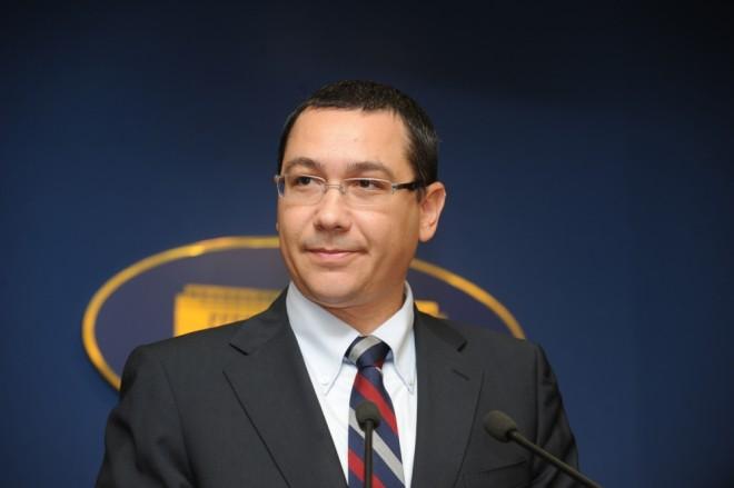 Sondaj Ph-online.ro: Victor Ponta conduce cu 53%, in timp ce Iohannis si Tariceanu se lupta pentru locul 2, cu 18% si 11%