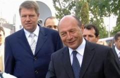 """Băsescu şi Iohannis acţionează după scenariul rusesc. """"Vocea Rusiei"""" a scris in 2012 despre fumigena cu ofiterul acoperit"""