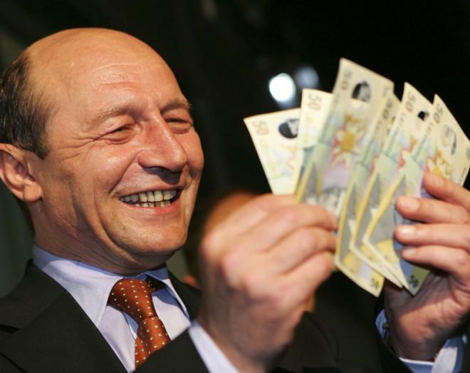 """""""România e colonie. Cei 10 ani cu Traian Băsescu sunt o pagină neagră în istoria tarii"""". Vezi cine spune asta"""