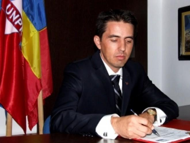 Daniel Niculae, presedintele UNPR Prahova, a implinit, astazi, 39 de ani