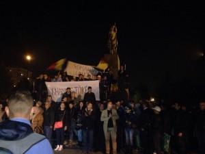 PROTEST Iohannis=Basescu, in centrul Ploiestiului! Oamenii vor o ROMANIE UNITA! VIDEO