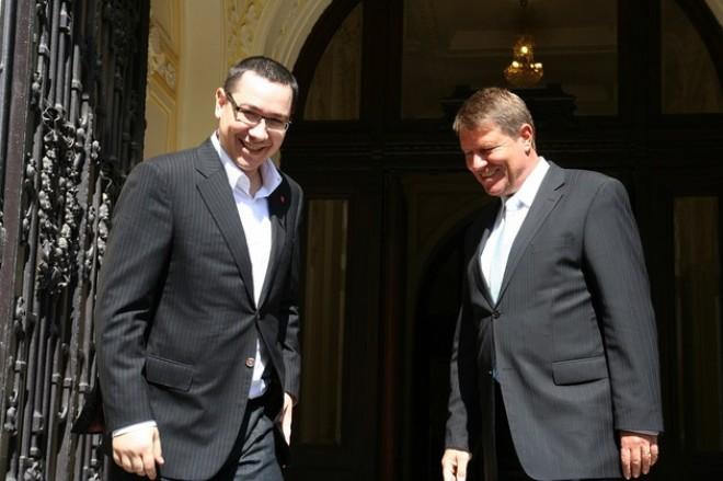 SONDAJ CURS - AVANGARDE: Victor Ponta - 54%, Klaus Iohannis - 46%