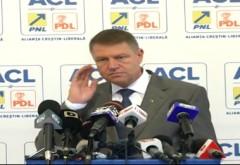 ALEGERI 2014: I se şopteşte sau nu lui Klaus Iohannis imnul în cască de către consilieri? VIDEO