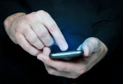 Iohannis vrea sa puna mana pe electoratul PSD. ACL trimite SMS-uri agricultorilor