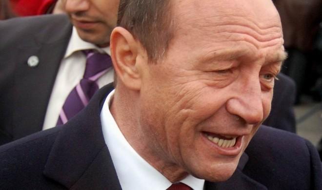 Dosarele lui Basescu ajung pe masa Procurorului General