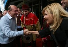Acuzatii dure din inchisoare: Basescu-Udrea-Cocos au furat impreuna, in hainta