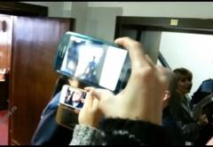 BREAKING NEWS/ Elena Udrea a fost eliberata din arestul preventiv VIDEO