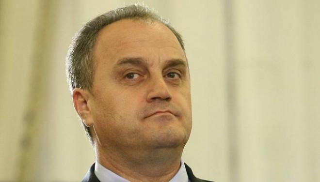 Fostul ministru Gabriel Sandu, audiat la DNA