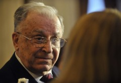 Ion Iliescu a împlinit 85 de ani. Ziua de naştere, umbrită de o posibilă începere a urmăririi penale