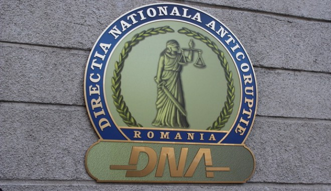 Omul care i-a făcut campanie lui Traian Băsescu şi Klaus Iohannis, chemat la DNA