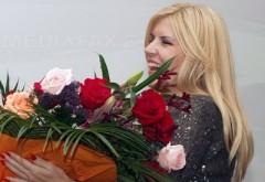 Elena Udrea a primit FLORI în arest. Află de la cine