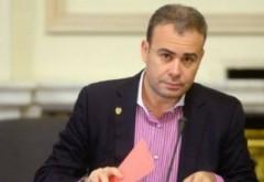 Darius Vâlcov, REȚINUT. Fostul ministru a ieşit în cătușe de la DNA