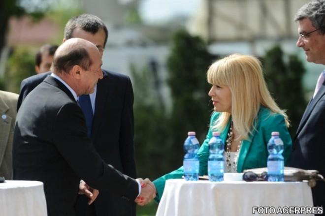 Udrea, şah la Băsescu. Ce se întâmplă când Elena Udrea îşi pierde răbdarea în spatele gratiilor …