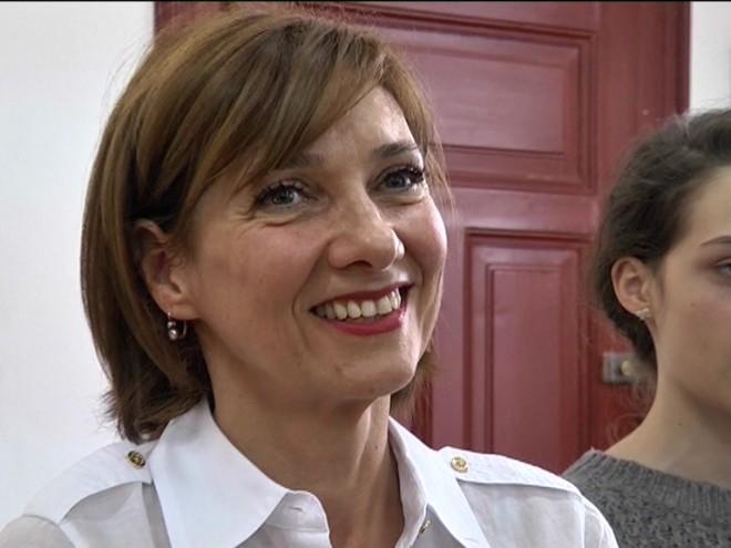"""Ion Cristoiu despre Carmen Iohannis: """"E grețos ce se întâmplă"""""""