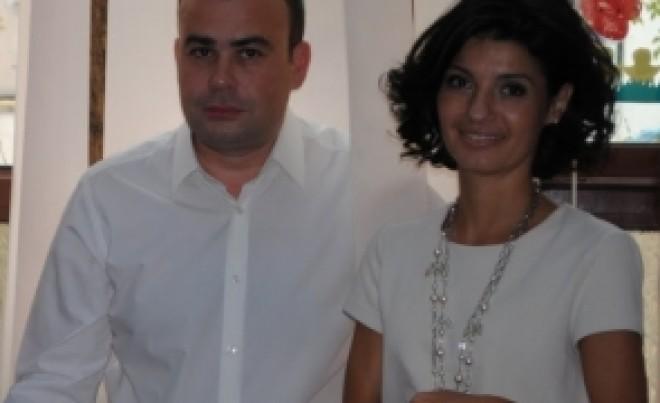 Lavinia Sandru divorteaza de Darius Valcov