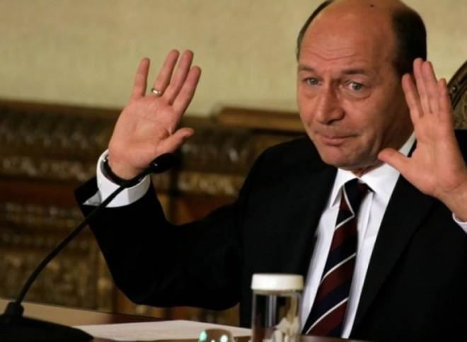 Traian Basescu ajunge din nou la Parchetul General