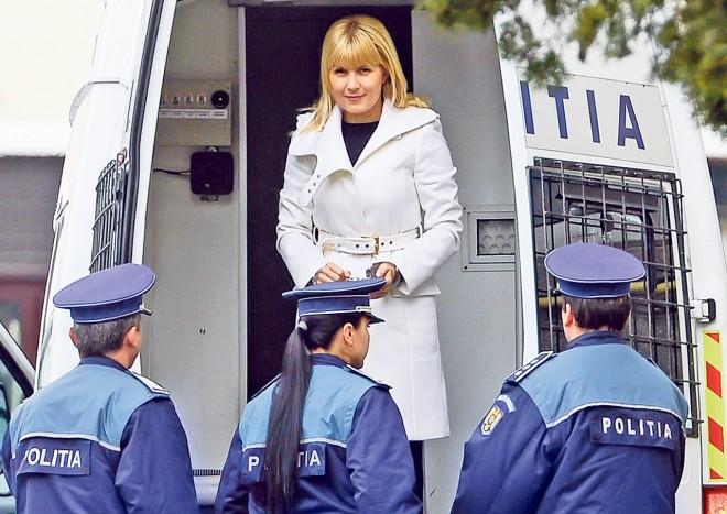 Decizia Penitenciarului Târgșor după ce Elena Udrea a fost amenințată cu moartea