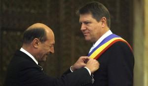 Iohannis: Băsescu nu mi-a predat nici un dosar. Este obsedat de serviciile secrete