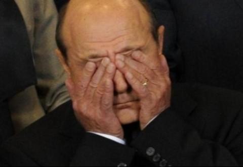 Traian Băsescu, urmărit PENAL pentru FURT calificat şi INSULTĂ. Judecătorii au confirmat redeschiderea cazului