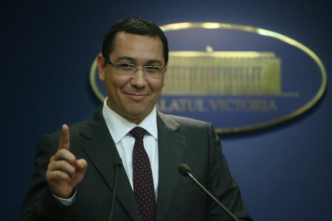 Victor Ponta îi ironizează pe liberali: E chiar atâta lipsă de inteligenţă politică