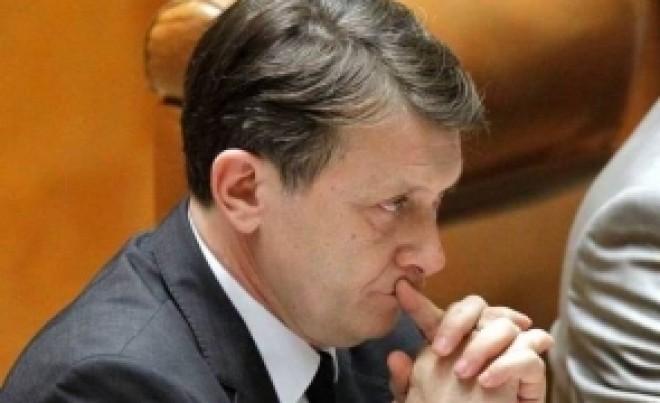 BOMBĂ Crin Antonescu, interceptat în dosarul lui Mihai Vlasov! Ce discuta fostul lider PNL