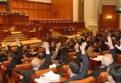 Pensii speciale pentru parlamentari. Parlamentul a adoptat legea
