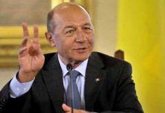 CCR îl trimite pe Băsescu în faţa judecătorilor