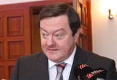 Vicepreşedintele PNL, Sorin Frunzăverde, trimis în judecată pentru campania lui Iohannis